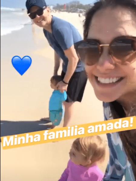 Thais Fersoza e Michel Teló com os filhos, Teodoro e Melinda - Reprodução/Instagram