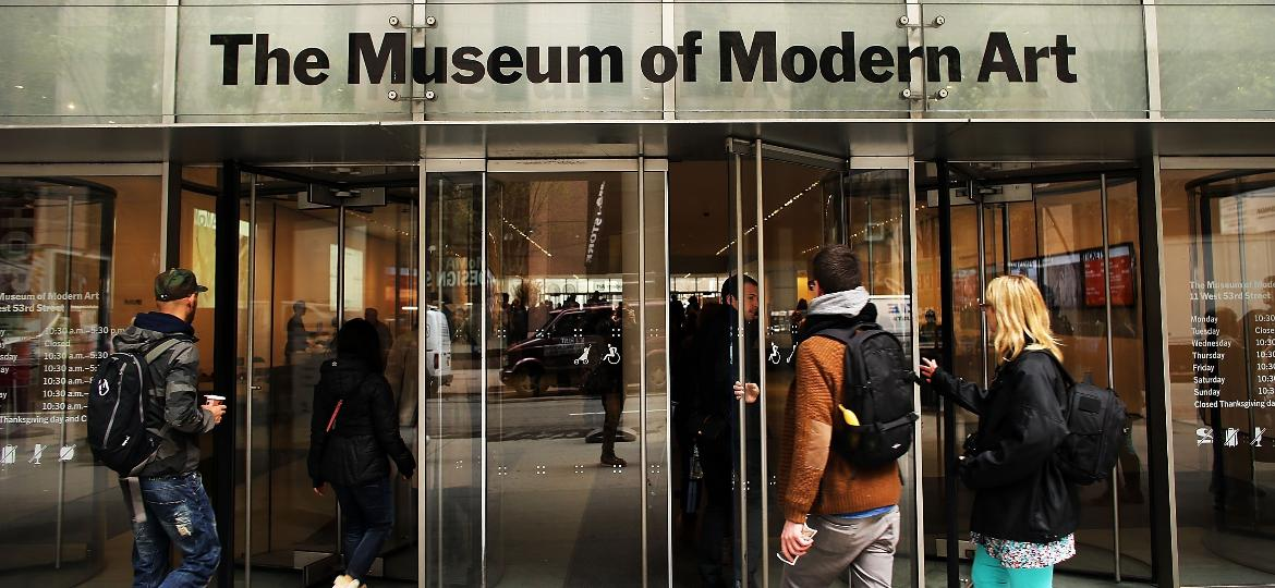 Entrada do Museu de Arte Moderna de Nova York, o MoMA (Museum of Modern Art) - SPENCER PLATT/GETTY IMAGES NORTH AMERICA/AFP