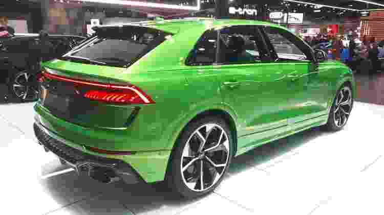 Sistema de freios de carbono-cerâmica com discos de 440 mm na dianteira e 370 mm na traseira é opcional - Vitor Matsubara/UOL