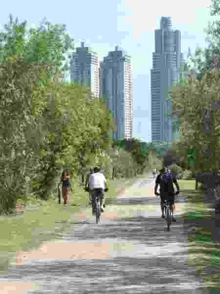 Costanera Sur: opção para passeios de bike - Ente de Turismo de la Ciudad de Buenos Aires/Divulgação