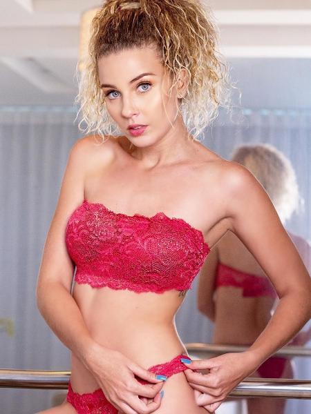 Debby Lagranha posa de lingerie - REPRODUÇÃO/INSTAGRAM