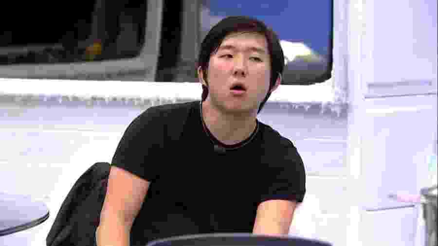 Pyong conversa com Guilherme sobre próximo paredão - Reprodução/Globoplay