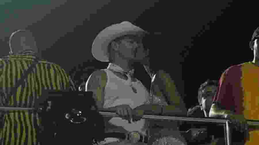 DJ Internacional, Diplo foi visto aos beijos com uma mulher no bloco de Anitta no Carnaval de Salvador - Rodrigo Adão/AgNews
