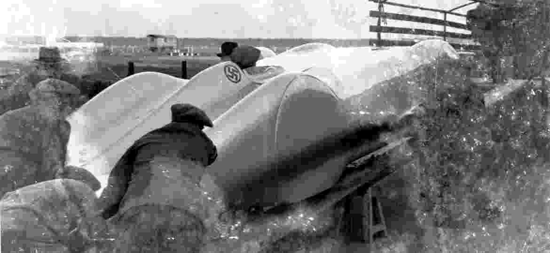 Mercedes W 125, com motor de 12 cilindros e 746 cv, atingiu 432,7 km/h em janeiro de 1938; marca só foi superada em novembro de 2017 pela Koenigsegg - Reprodução