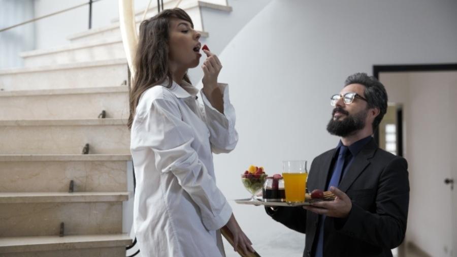 """Cena de """"Sugar Daddy"""" filme erótico que ganhou adaptação com áudios e legendas descritivas no Sexy Hot - Divulgação"""