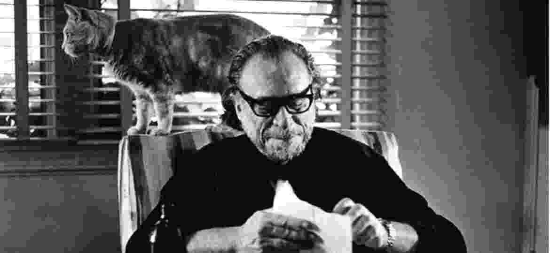 O escritor e poeta Charles Bukowski completaria 100 anos em 16 de agosto de 2020 - Reprodução