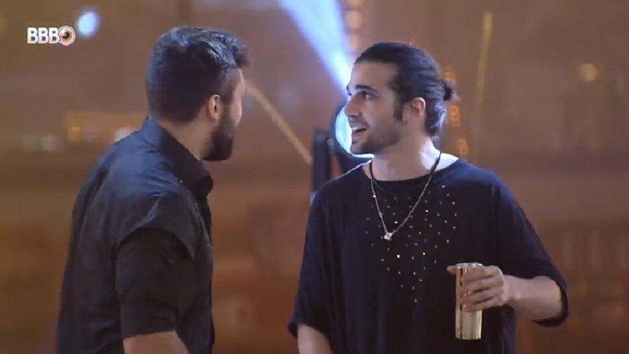 BBB 21: Fiuk e Arthur dão risada de recentes brigas - Reprodução/Globoplay