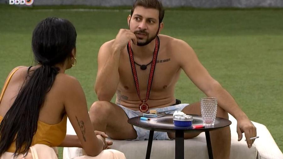 BBB 21: Pocah e Caio conversam após prova do anjo - Reprodução/ Globoplay