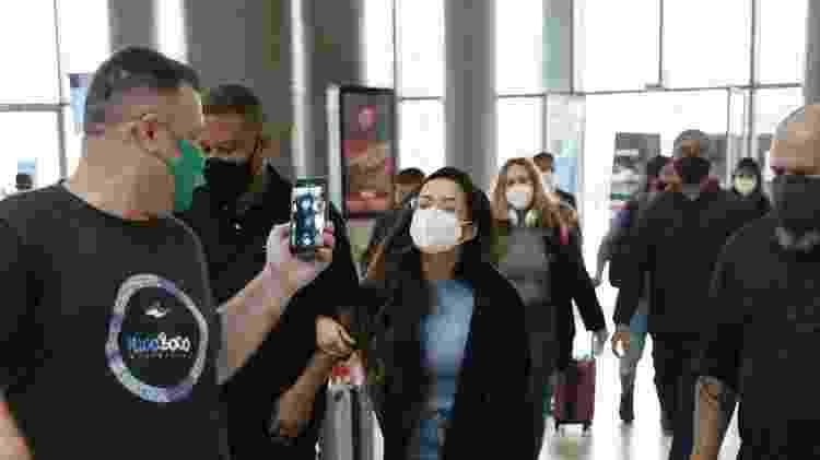 Juliette é vista e atende fãs no aeroporto de Congonhas, em São Paulo - LURA/Lucas Ramos / AgNews - LURA/Lucas Ramos / AgNews