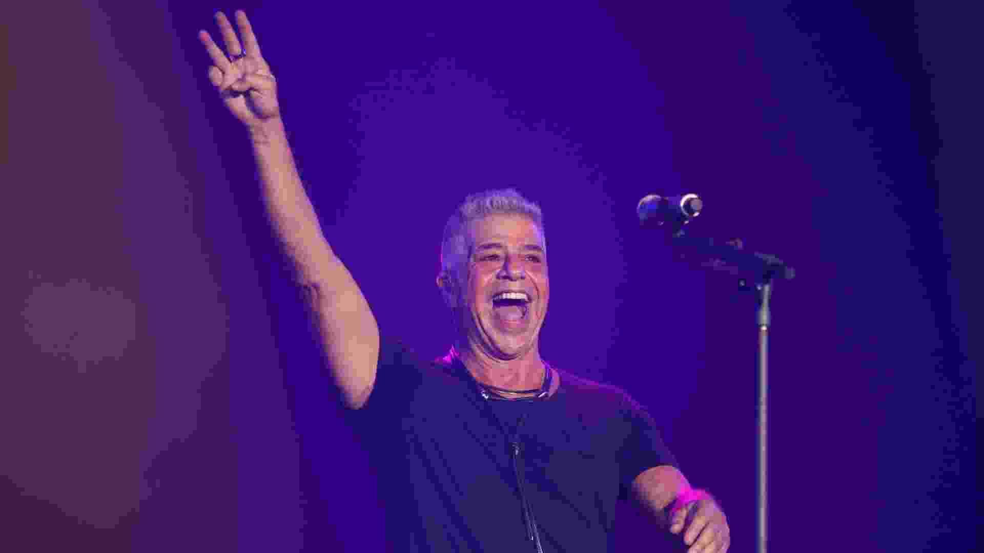 26.set.2015 - Lulu Santos abre as apresentações no palco Mundo no sexto dia do Rock in Rio 2015 - Fernando Maia/UOL