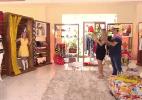 Angélica ganha de presente fantasia de táxi feita por carnavalesco - Reprodução/TV Globo