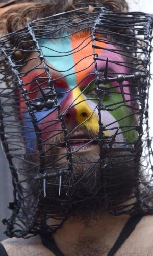 14.fev.2016 - Folião capricha em fantasia para concurso realizado na Avenida Paulista, em São Paulo. O evento é realizado pela Secretaria Municipal de Turismo e Cultura