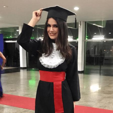 Natália Guimarães se forma na faculdade - Reprodução/Instagram/nataliagoficial