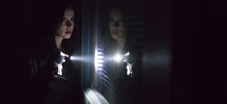 """Jessica (Krysten Ritter) em cena da segunda temporada de """"Jessica Jones"""" - Divulgação/Netflix"""