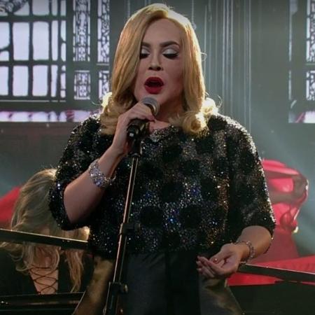 Naiara Azevedo imita Adele - Reprodução/TV Globo