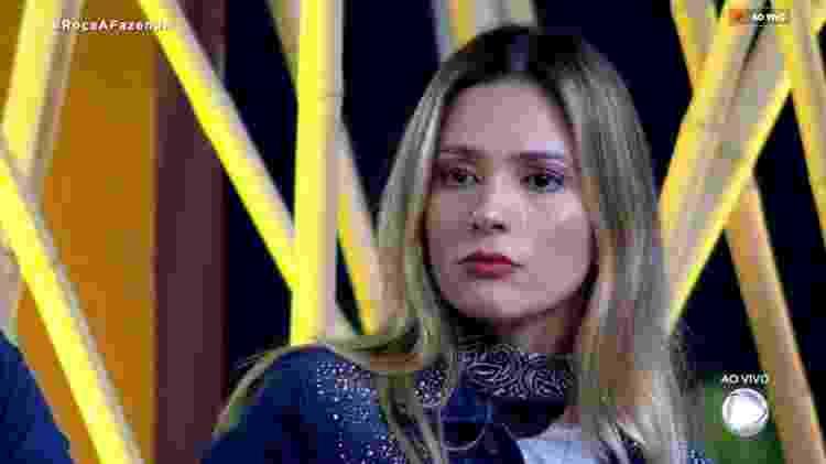 Nadja chorando - Reprodução/RecordTV - Reprodução/RecordTV