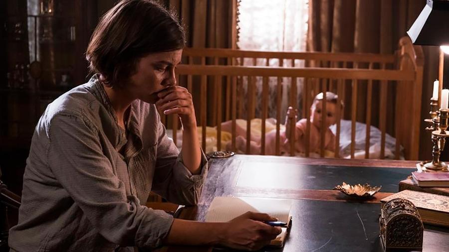 Maggie com o seu filho, o bebê Hershel Jr. - Divulgação