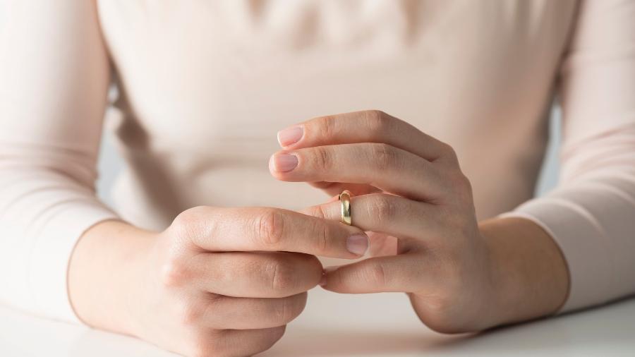 Mulheres contam experiência de ficar com homem casado - Getty Images