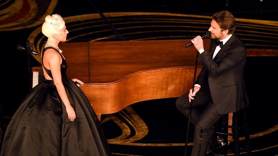 "Lady Gaga e Bradley Cooper cantam ""Shallow"" no Oscar - Kevin Winter/Getty Images/AFP"