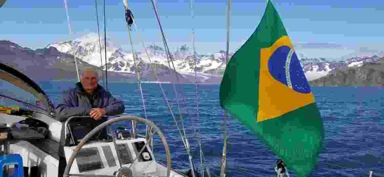 Vilfredo Schurmann enfrenta o isolamento do coronavírus a bordo - Divulgação