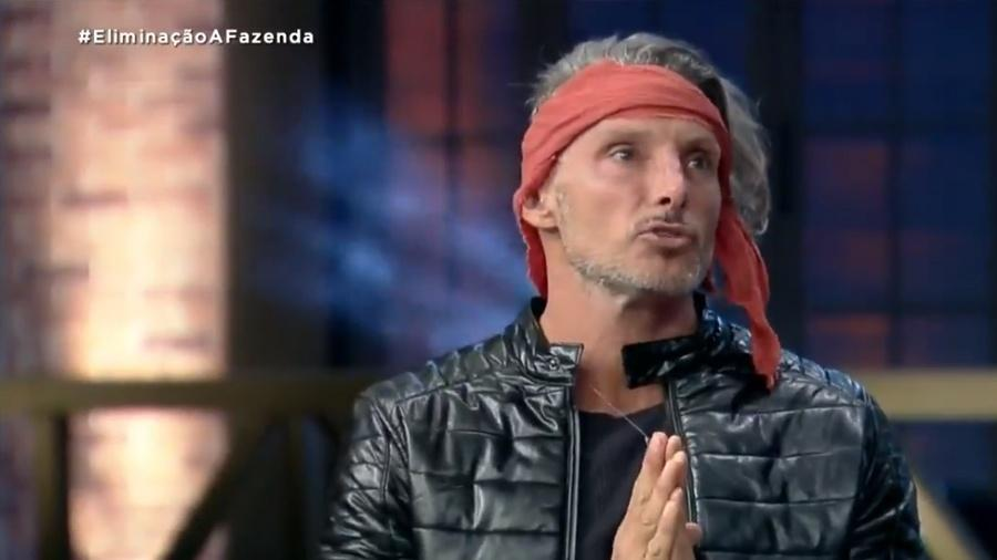 Juliano Ceglia na noite da própria eliminação - Reprodução/Playplus