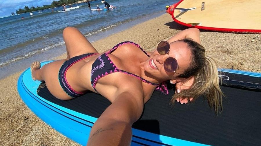 Carla Perez publicou selfie nas redes sociais - Reprodução/Instagram @carlaperez