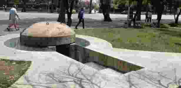 Além do bunker presidencial, Enver Hoxha mandou construir mais de 700 mil bunkers por toda a Albânia. Eles ainda podem ser vistos em parques e praias do país - Marcel Vincenti/UOL - Marcel Vincenti/UOL
