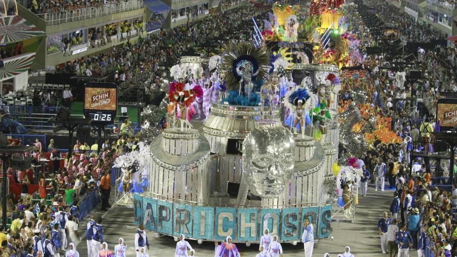 Desfile da Caprichosos na Série A, antigo Grupo de Acesso, na Sapucaí, em 2014 - Tata Barreto/Agência Brasil