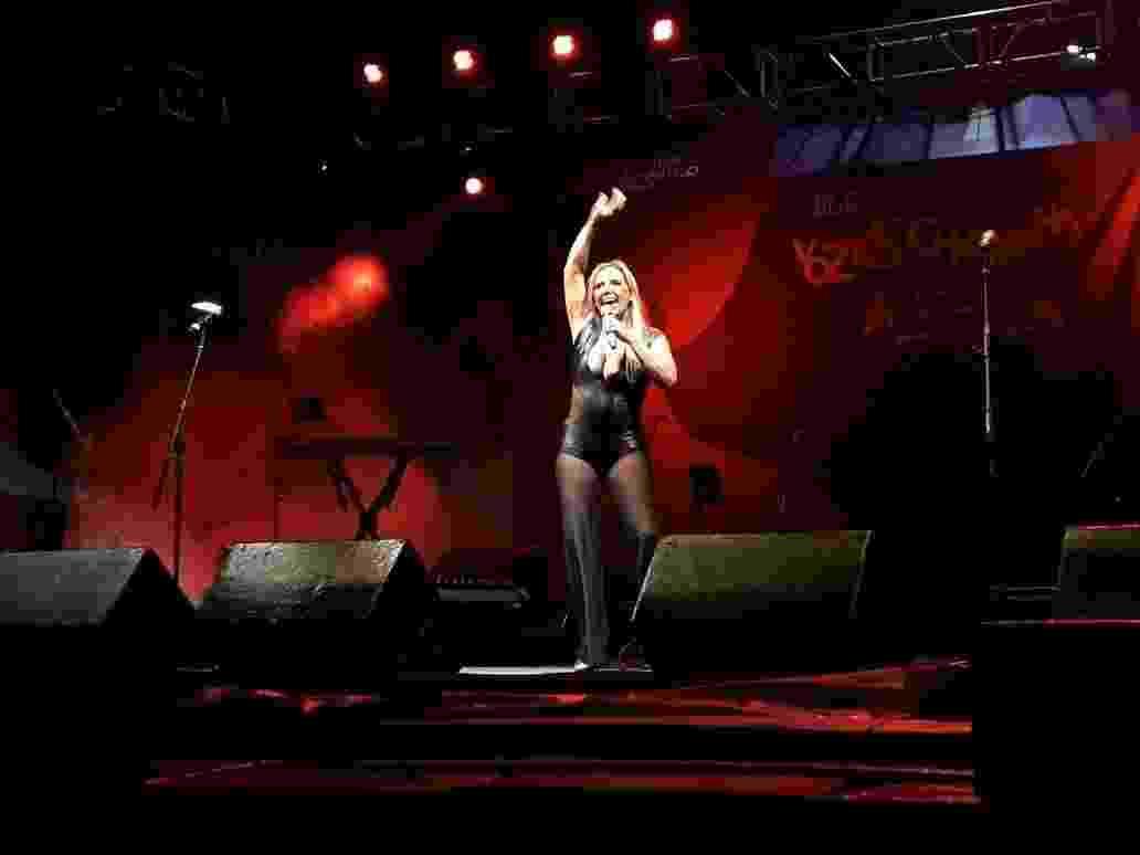 Rita Cadillac relembra os tempos de chacrete no palco Chacrinha no Anhangabaú; ela vai receber atrações que frequentavam o palco no programa nos anos 1980 - Paulo Pacheco/UOL