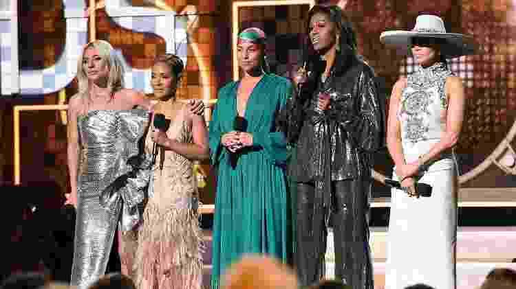Lady Gaga, Jada Pinkett Smith, Alicia Keys, Michelle Obama e Jennifer Lopez fazem o discurso de abertura do Grammy 2019 - Robyn Beck/AFP