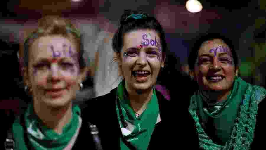 """Mulheres participam de protesto do """"Ni Una Menos"""", em Buenos Aires - AFP"""