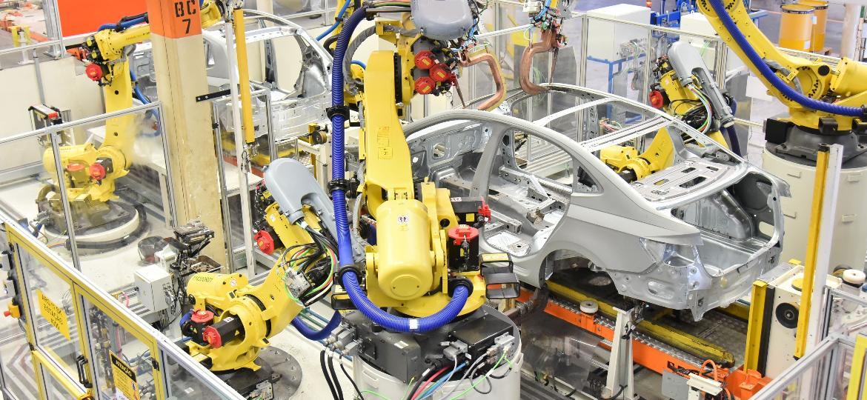 Fábricas estão paralisadas em todo o país por conta do Covid-19 - Divulgação