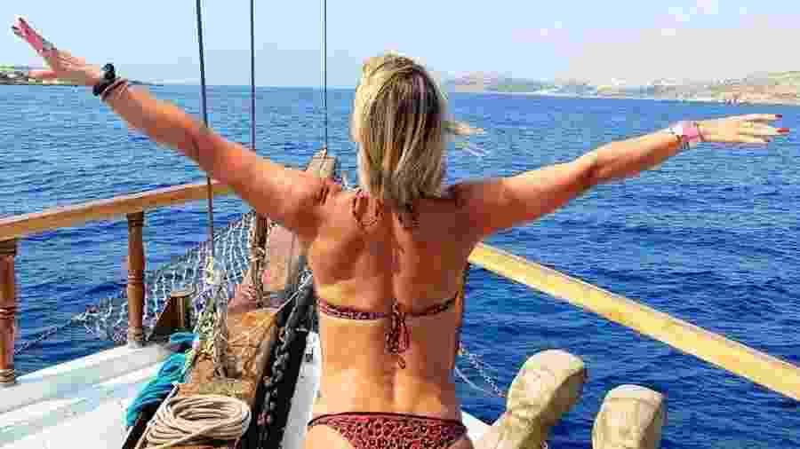 Flávia Alessandra em passeio de barco em Malta - Reprodução/Instagram