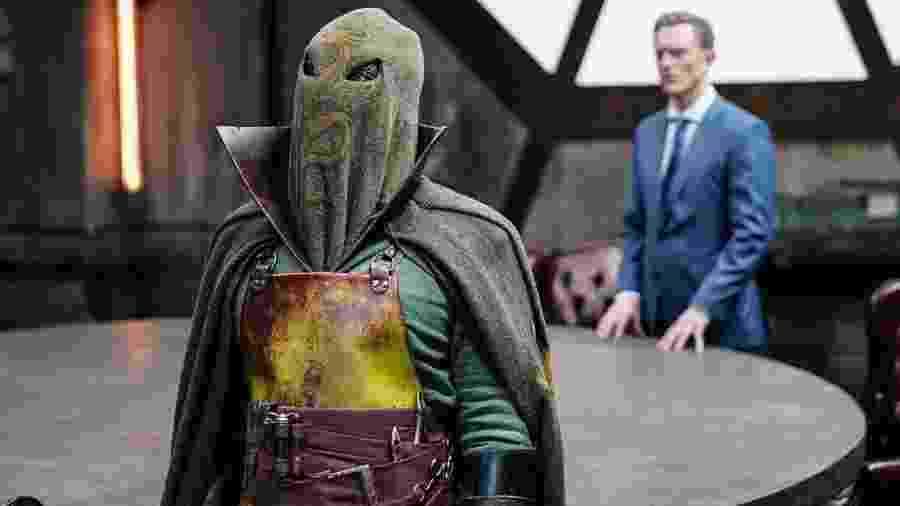 """CW divulga a primeira foto de """"Rei Dragão"""" (Nelson Lee) - The CW/DC Entertainment/Divulgação"""