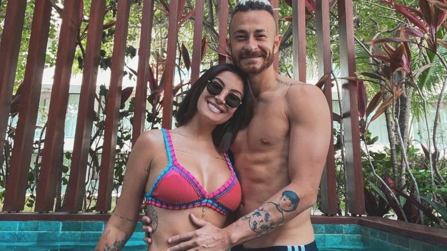 Boca Rosa e Fred estão grávidos e fãs do casal já escolheram o nome do bebê - Reprodução/Instagram