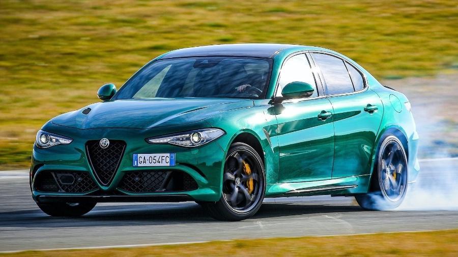 Alfa Romeo Giulia Quadrifoglio - Divulgação