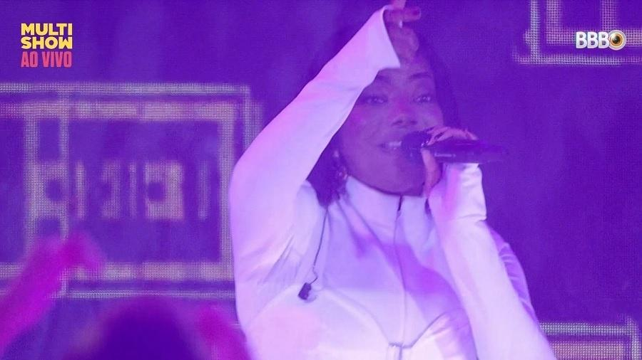 "BBB 21: Ludmilla canta e manda recado: ""Respeita o nosso funk, respeita a nossa cor, respeita o nosso cabelo"" - Reprodução/Globoplay"