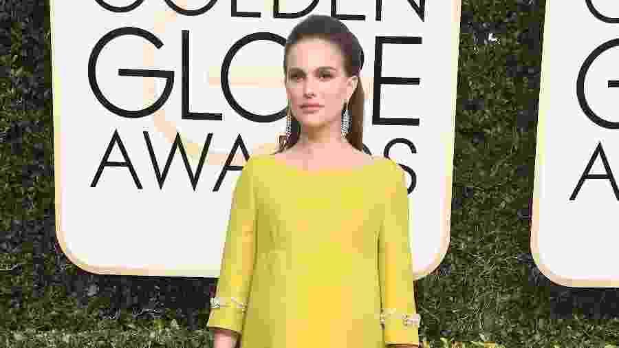 A atriz Natalie Portman durante o Globo de Ouro 2017 - Getty Images