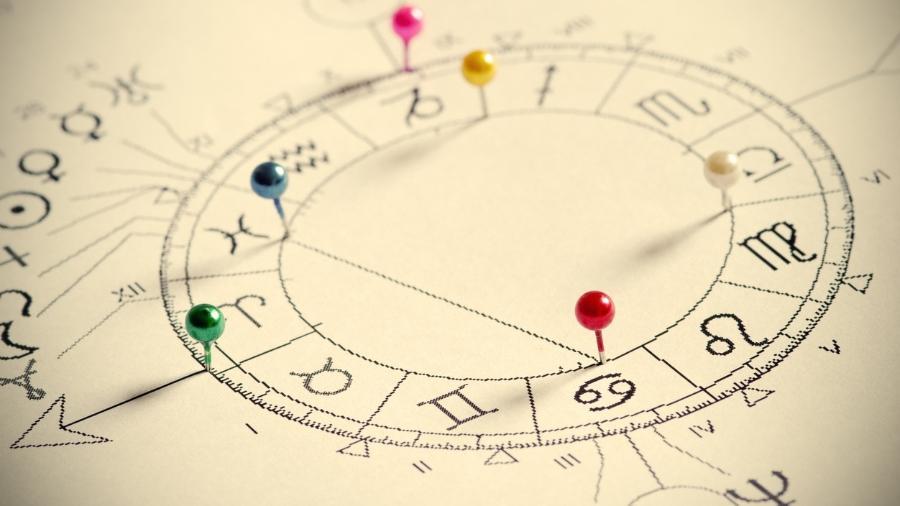 Astróloga usa mapa astral para traçar perfil de funcionários em empresas - Getty Images