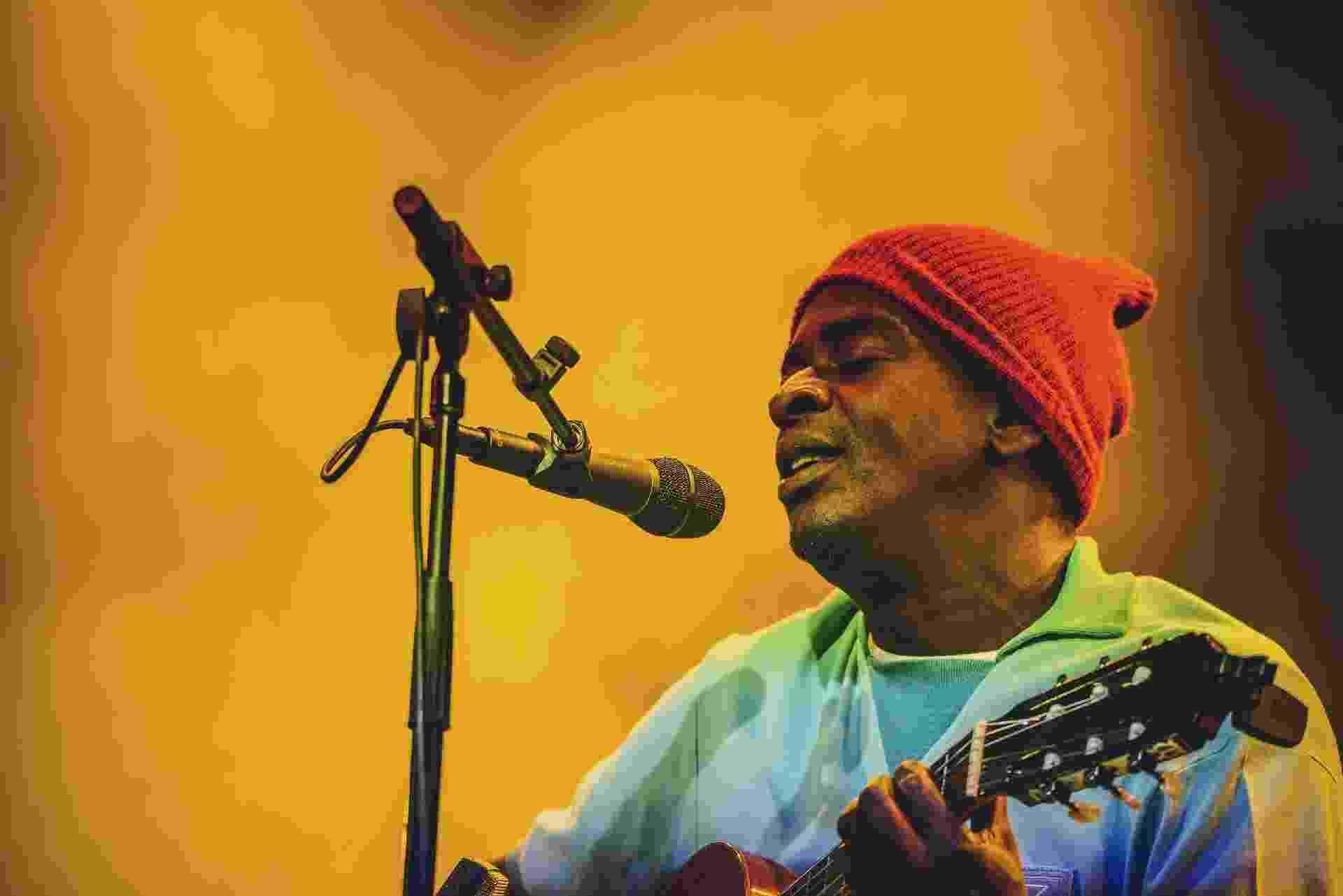 O cantor brasileiro Seu Jorge fez show no Primavera Sound cantando em português versões das músicas de David Bowie - Divulgação/Red Bull Content Pool