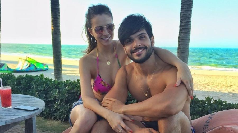 Ana Lúcia Vilela e o ex-BBB Lucas Fernandes - Reprodução/Instagram