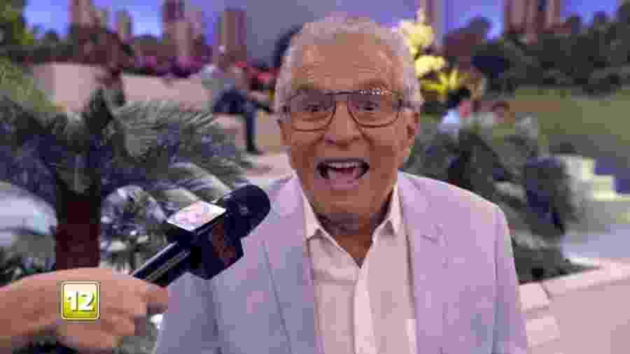 """Carlos Alberto de Nóbrega """"comemora"""" fim do """"Tá no Ar"""" em chamada do programa da Globo - Reprodução/TV Globo"""