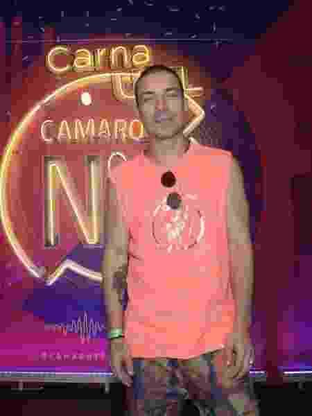 O cantor Di Ferrero marca presença no camarote CarnaUOL N1 - Selmy Yassuda / UOL