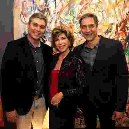 Joel, Silvia e Lacombe no jantar de segunda-feira - Arquivo pessoal