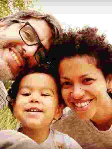 Cynthia Rachel com o marido e o filho - Reprodução/Instagram