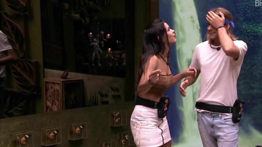 BBB 20 - Ivy e Daniel na sala - Reprodução/Globoplay