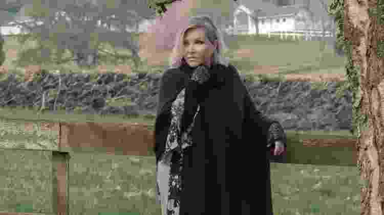 Deborah Blando lançou o single 'I Will Never Forget You' de dentro de um centro budista - Divulgação - Divulgação