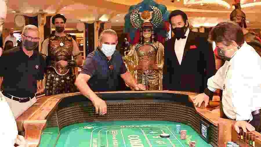 Famoso Caesars Palace de Las Vegas é reaberto - Getty Images