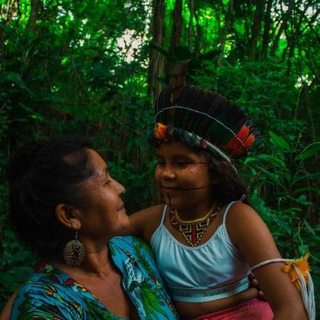 Luakam Anambé, 52, viu sua marca de bonecas indígenas de pano, Anaty, batizada com o nome da neta, viralizar na pandemia - Arquivo pessoal