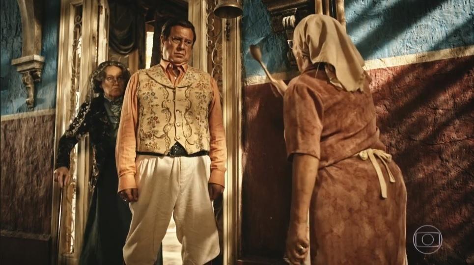 Piedade (Zezita Matos) enfrenta Afrânio (Antonio Fagundes) e Encarnação (Selma Egrei) em